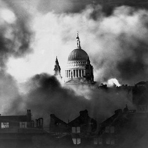 "<img src=""st-pauls-cathedral.jpg"" alt=""St Paul´s Cathedral"" />"
